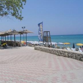 Plaza_Hotel_Hanioti_beach1